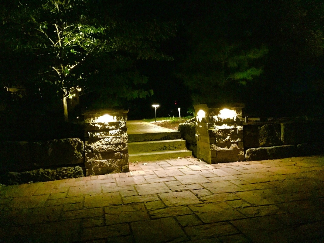 Low voltage lighting landscaping patios and retaining walls holmes wayne and tuscarawas counties ohio